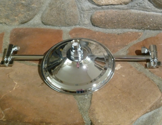 """8"""" Euro Rain Shower Head with a 15"""" locking extension arm"""